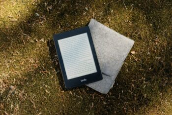 Kindle Paperwhite E-reader, gifts for 18 year old boys